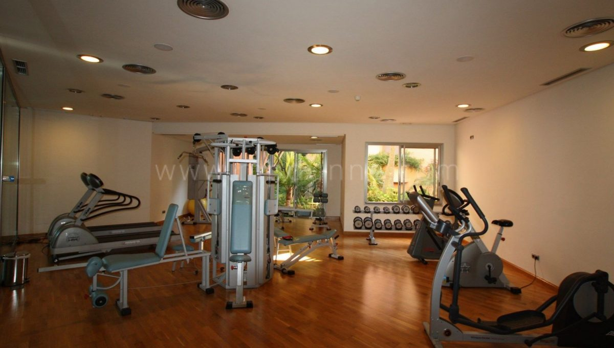 mansion club marbella for sale (12)